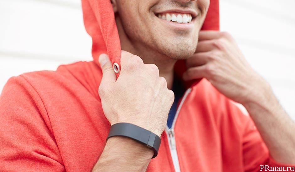 Fitbit Force обзор